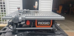 Ridgid 7in table top tile saw for Sale in Cleveland, OH