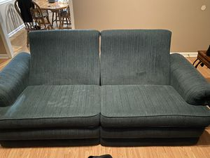 Couch and love seat set for Sale in Warner Robins, GA