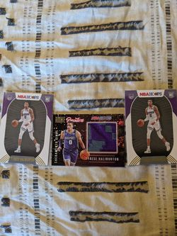 Tyrese Haliburton Rookie Sweater Plus 2 Gold Foil And Hit Box  for Sale in Fresno, CA