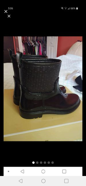 Michael kors Blakely rain boots for Sale in Odenton, MD