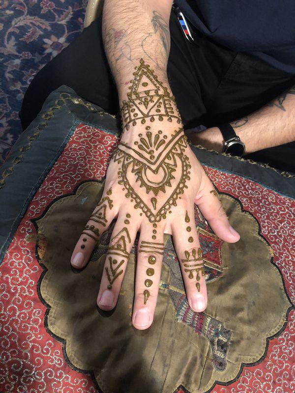 Batmitzvah henna tattoos