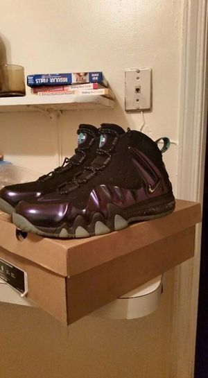 Nike air chuckposites for Sale in Baltimore, MD