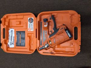 Pasloade new nail gun 300obo for Sale in Miami, FL