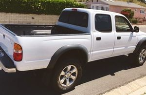 2003 TOYOTA TACOMA LOT OF SPACE for Sale in Wichita, KS