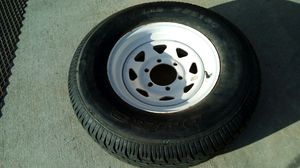 Trailer Tire 100% Tread Radial DS 21.00 & 6 Lug Wheel for Sale in Moreno Valley, CA