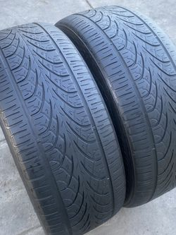 2 tires 285/45/22 Delinte for Sale in Bakersfield,  CA