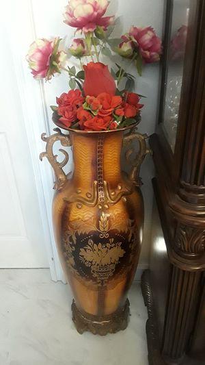Pair large flower vase for Sale in Santa Ana, CA