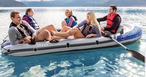 Excursion 5 Raft motor life jackets and mount for Sale in Mesa, AZ