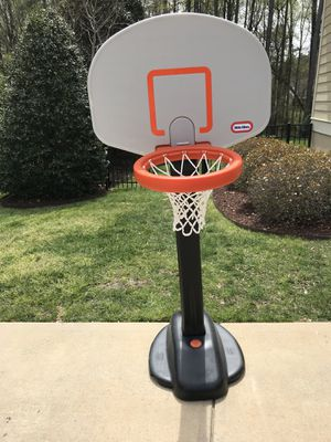 Basketball hoop - like new - $45 for Sale in Raleigh, NC