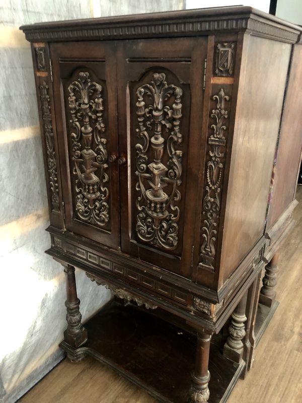 Gorgeous Antique Radio Cabinets (2)