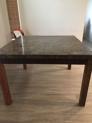 Dinning table for Sale in Perris, CA