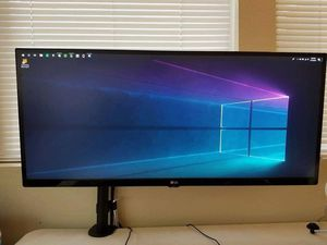"""34"""" Ultrawide Monitor w/ mount for Sale in Irvine, CA"""