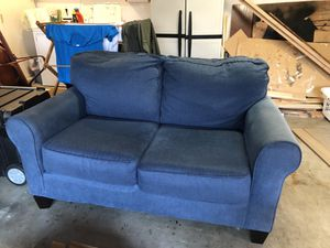 Free Loveseat for Sale in San Diego, CA