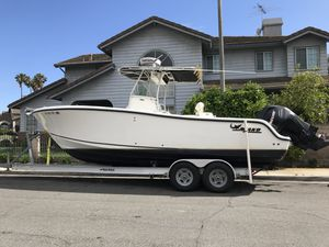 2007 Mako 264 Center Console fishing boat for Sale in Torrance, CA