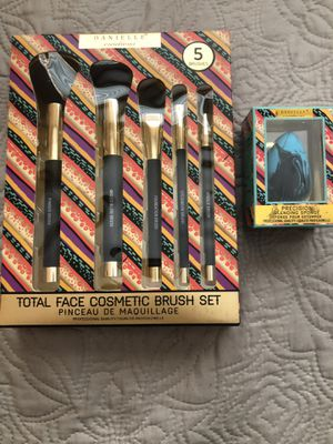 Makeup Brushes And Beauty Blender for Sale in Phoenix, AZ