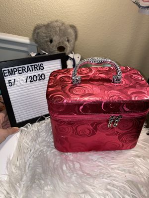 Large Vanity Makeup Case Hard Shell for Sale in El Paso, TX