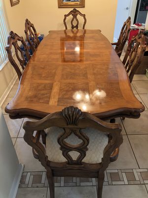 Antique Pecan Wood 9pc Dining Table Set for Sale in Orlando, FL
