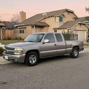 2001 Chevy Silverado LS for Sale in Sacramento, CA