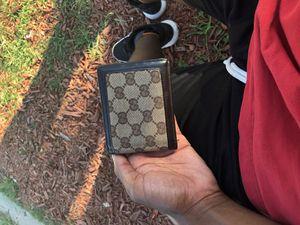 Gucci wallet for Sale in New Smyrna Beach, FL