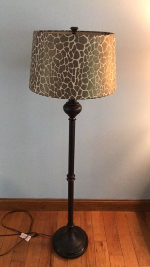 Floor lamp for Sale in Lacey Township, NJ