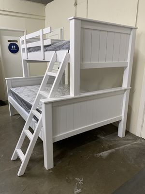 New Twin / Full White Bunkbed ! for Sale in Lynwood, CA