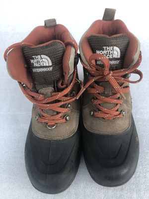 Snow Boots kids size 3 for Sale in Gilbert, AZ