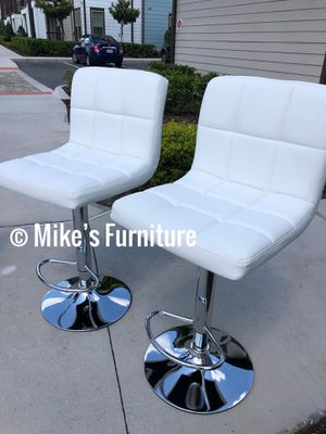New 2 white bar stools $55 each for Sale in Orlando, FL