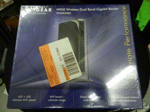 *BRAND NEW* NETGEAR N900 Dual Band Wireless-N Gigabit Router (WNDR4500) for Sale in Woodlawn, MD