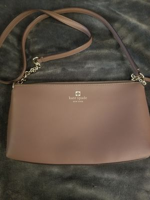 Kate Spade New York Sawyer street Declan leather cross body purse **USED ONLY ONCE** for Sale in Issaquah, WA