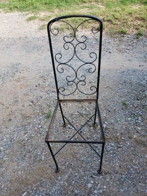 Cast Iron Chair for Sale in Marlow, OK