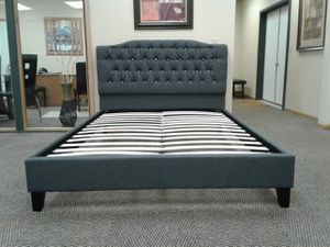 queen grey bed. brand new for Sale in Columbus, MN