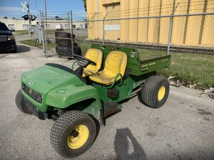 John Deere turf gator 4x2 for Sale in Miami, FL