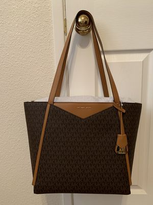 BRAND NEW WITH TAGS AUTHENTIC MK BAG for Sale in Modesto, CA