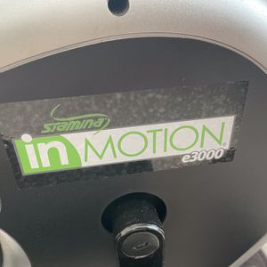 Stamina InMotion Elliptical Trainer with Handle (Black, Chrome) for Sale in Germantown, MD