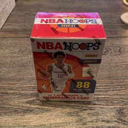 NBA HOOPS 2020-2021 Booster Box 88card Pack for Sale in Aurora,  IL