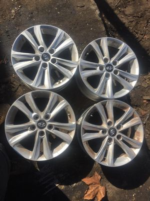 2011-2013 Hyundai sonata OEM WHEEL for Sale in Jacksonville, FL
