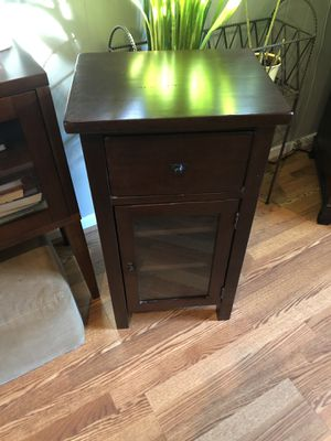 Solid wood end table/night stand for Sale in Washington, DC
