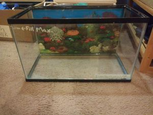 10 Gal. Aquarium. Full setup included with spare set up items for Sale in Broadview Heights, OH