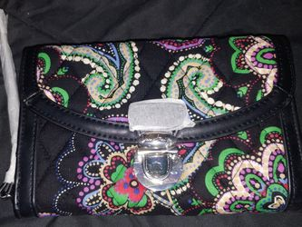 Clutch wallet wristlet - Vera Bradley for Sale in Fort Lauderdale,  FL