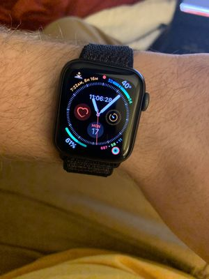 Apple Watch Series 4 for Sale in Sterling, VA