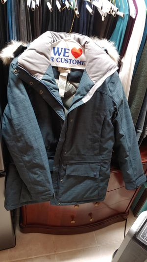 Like new! LL Bean Woman's Winter PARKA with removable hood. Down insulated. Waterproof. Retail price $299.00 for Sale in Arlington, VA