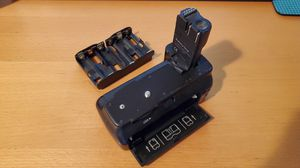 Battery Grip for Canon 20D, 30D, or 40D for Sale in Rosemead, CA
