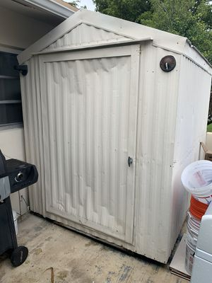 Aluminum shed with shelves and electrical hookups for Sale in Davie, FL