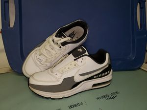 Men size 7.5 Nike Air Max shoes for Sale in Virginia Beach, VA