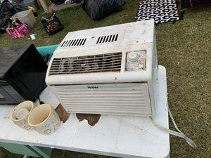 Small air conditioner for Sale in Stockton, CA