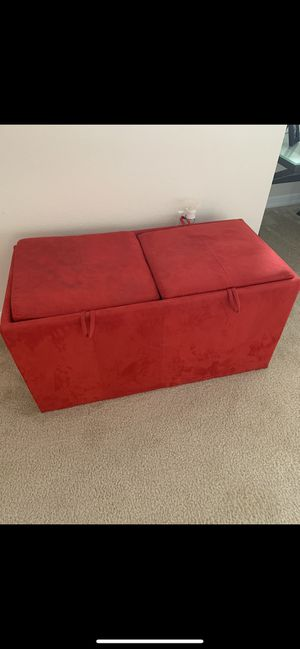 Storage Ottoman with two cubes for Sale in Winter Garden, FL