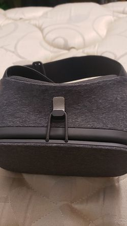 New Google Daydream - Remote Included for Sale in San Marcos,  CA