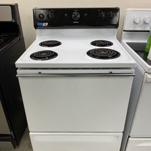 Hotpoint 4 Burner stove for Sale in Fremont, CA