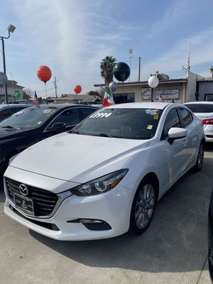 Mazda 3 2017 for Sale in Dinuba, CA