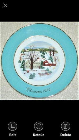 "1973 Avon Christmas Plate ""Christmas on the Farm"" Enoch Wedgwood 1st Edition for Sale in Lynchburg, VA"